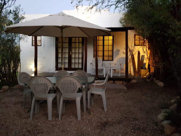 Zebra - front private garden